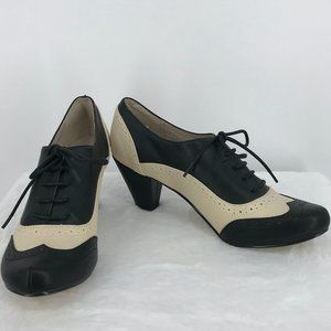 Chelsea Crew black & Bone Morgan Pump, Size 7